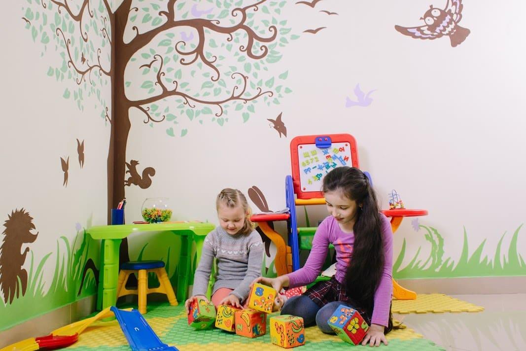 детская комната в медицинском центре