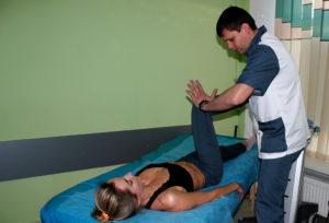 мануальний терапевт
