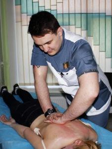 масаж, мануальна терапія